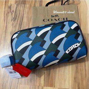 💯🆕Coach Men travel kit bag/pouch/blue jay multi